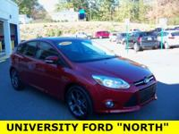 2013 Ford Focus SE Ruby Red Metallic Tinted Clearcoat