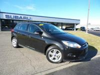 CARFAX 1-Owner, Very Nice. FUEL EFFICIENT 36 MPG Hwy/26