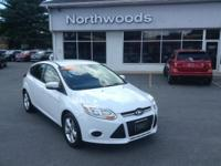 New Price! Oxford White 2013 Ford Focus SE FWD 6-Speed