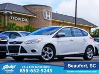 2013 Ford Focus in White. Gently used. Like new. In