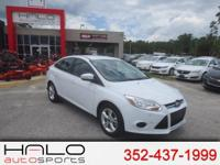 2013 FORD FOCUS SE SPORTS SEDAN IN EXCELLENT CONDITION!