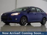 2013 Ford Focus SE in Performance Blue Metallic, This
