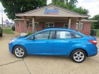 2013 Ford Focus SE  Options:  Fuel Consumption: City: