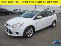 Exterior Color: oxford white, Body: Sedan, Engine: I4