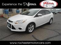 2013 Ford Focus Sedan SE Our Location is: Tom Kadlec