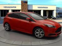 -LRB-636-RRB-486-1910 ext. 703. This 2013 Ford Focus ST