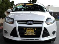Options:  2013 Ford Focus Titanium 4Dr
