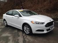 Sporty 2013 Fusion with alloy wheels, moon roof, SYNC,