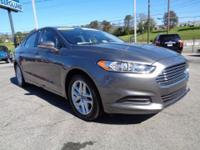 2013 Ford Fusion SE sedan that is a FORD CERTIFIED