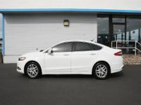 ONLY 27,982 Miles! SE trim. JUST REPRICED FROM $21,999,