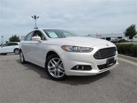 2013 Ford Fusion SE !! White Platinum Metallic with Tan