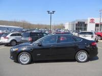 brbrHow appealing is this outstanding 2013 Ford Fusion