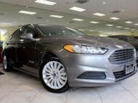 Options:  2013 Ford Fusion Hybrid Se Hybrid|Carfax