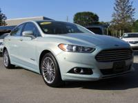 PREMIUM & KEY FEATURES ON THIS 2013 Ford Fusion