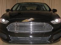 2013 Ford Fusion SE- Like new condition with only 35K
