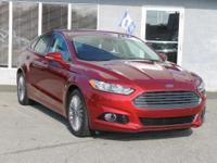 CLEAN, ONE-OWNER CARFAX JUST OFF PERSONAL LEASE!!