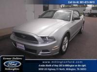 Mustang V6 2D Convertible RWD Ingot Silver Metallic