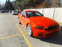 2013 Ford Mustang GT coupe! 5.0 litre V8! Automatic