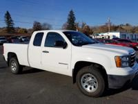 Boasts 21 Highway MPG and 15 City MPG! This GMC Sierra