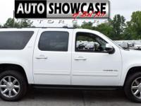 This 2013 GMC Yukon XL 4dr 4WD 4dr 1500 SLT features a