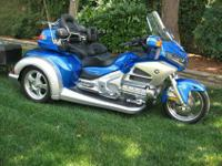 2013 Goldwing with Roadsmith Trike Kit and color