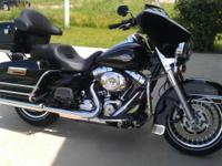 I have a black 2013 Harley Davidson Electra Glide
