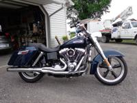 2013 Harley Davidson FLD Switchback. Big Blue Pearl.