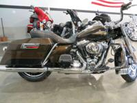 2013 Harley-Davidson FLHR-ANV Road King 110th