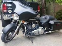 2013 Harley Davidson FLHX 103 Street Glide. LIKE NEW!