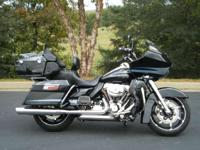2013 Harley-Davidson Road Glide Ultra LOADED WITH