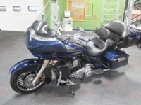 SUPER CLEAN 2013 HARLEY-DAVIDSON ROAD GLIDE ULTRA WITH