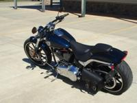 2013 USED BIG BLUE PEARL SOFTAIL BREAKOUT WITH LOW