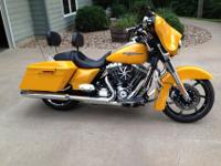 2013 Harley Street Glide FLHX, One Owner with low