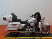 the 2013 Harley Ultra Classic Electra Glide FLHTCU