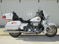 The Harley Ultra Classic Electra Glide model offers two