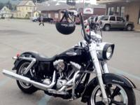 Selling my 2013 Harley switchback has 4,000 miles just