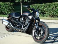 Flawless 2013 Harley V-Rod Night Rod Special with 2800