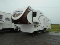 Very nice 5th wheel travel trailer with all the