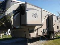 2013 Heartland Gateway Fifth-Wheel 3200 RS for Sale in