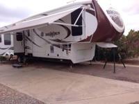 2013 Heartland Big Horn 5th wheel. Beautiful 2013