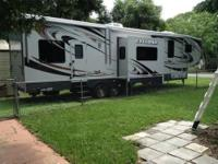 This fifth wheel camper is in fantastic condition, only