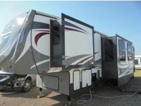 2013 Heartland Road Warrior 415, Immaculate Heartland