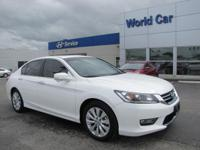 FUEL EFFICIENT 36 MPG Hwy/27 MPG City! CARFAX 1-Owner,
