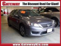 THIS GRAY ACCORD LX HAS A CLEAN CARFAX..NO ACCIDENTS!,