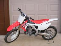 2013 HONDA CRF 450RDUEL EXHAUST COMPETITION BIKE !!