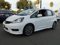 2013 Honda Fit Sport!! 5-Speed Automatic and Taffeta