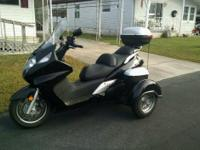 2013 Honda FSC600AD Silver Wing Trike (ABS). Terrific