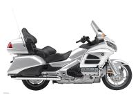2013 Honda Gold Wing Navi XM low miles !! Plan to Go