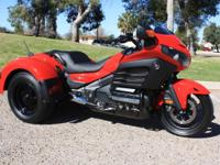 Like New, Super Low 1800 Miles! 2013 Honda Goldwing F6B