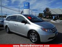 JUST REPRICED FROM $25,000. CARFAX 1-Owner, Honda